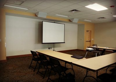 florida-christian-retreat-and-conference-center-lodges-meeting room-for-seminar-sm
