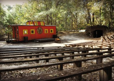 florida-christian-retreat-and-conference-center-miners-camp-seating-2-sm