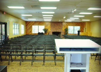 florida-christian-retreat-and-conference-center-spring chapel lightspodium-1-sm